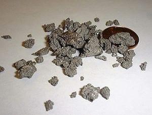 300px-TitaniumMetal_jpg