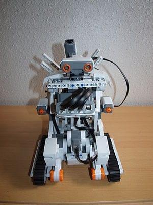 300px-NXT_Robot