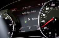 Audi Online traffic light system helps drivers hit the green lights