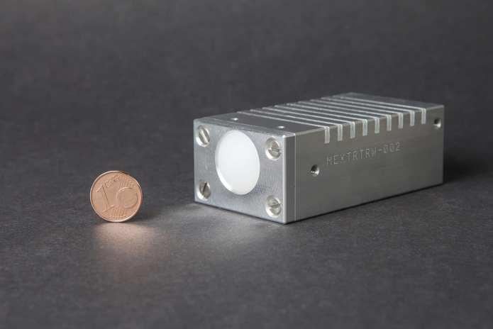 W-Band-Radar Demonstrator via Fraunhofer is smaller than a pack of cigarettes