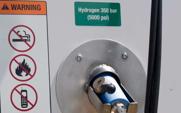 Safe new storage method could be key to future of hydrogen-powered vehicles