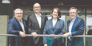 Die Institutsleitung des Fraunhofer IAO bilden Prof. Dieter Spath, Prof. Oliver Riedel, Prof. Anette Weisbecker und Prof. Wilhelm Bauer (v.l.n.r.), Foto: Ludmilla Parsyak © Fraunhofer IAO