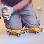 Le concept Knee Blades intègre des roulettes sous les genouillères de protection facilitant ainsi les déplacements.