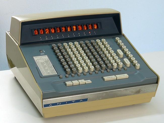Electronic Desktop Calculator