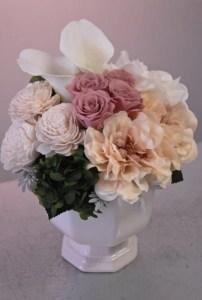 福岡市へ結婚祝いプリザーブドフラワーのお届けです