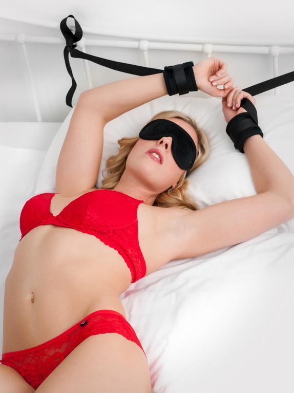 Bondage Boutique Kinky Couple Bedroom Restraint Kit (5 Piece)