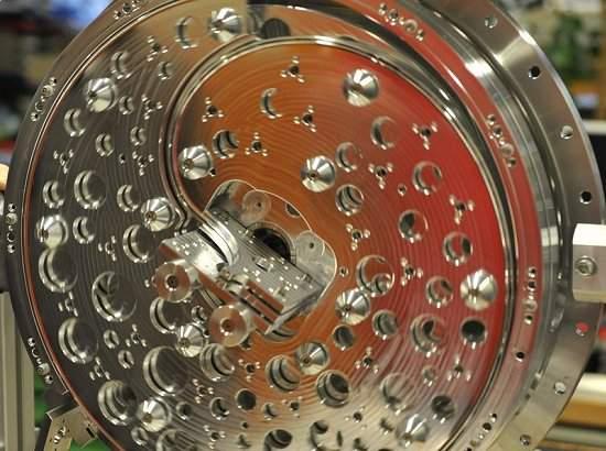 Desacelerador de moléculas abre fronteiras para química e física