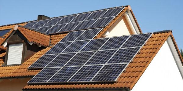 casas sustentaveis e painel solar fotovoltaico