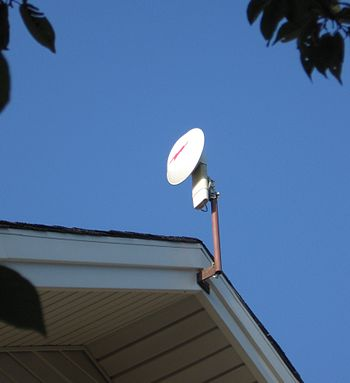 English: 5.2 GHz 'Canopy' wireless internet an...