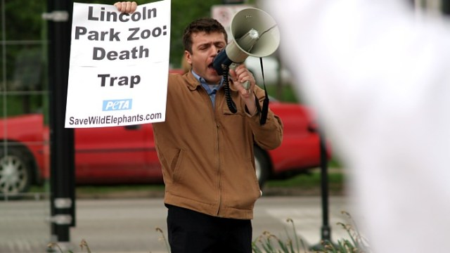 Protests at Lincoln Park Zoo