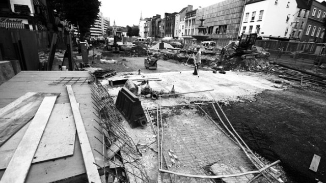 De-construction on Grand Parade