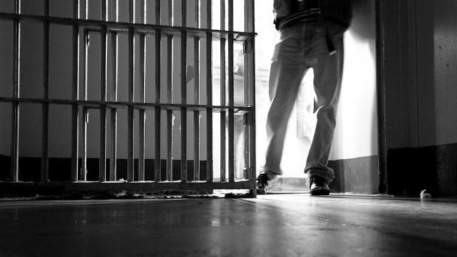 Checking the prisoner