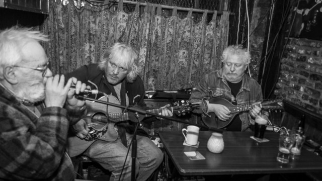 Hank Wedel and Friends in Charlies Pub Cork