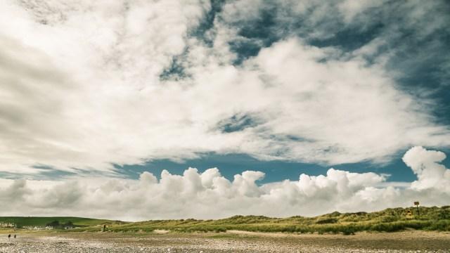 Clouds over Owenahincha Beach