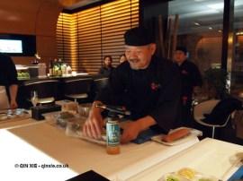 Sadayuki Okamoto making sushi, sushi making at Ichi Sushi and Sashimi Bar