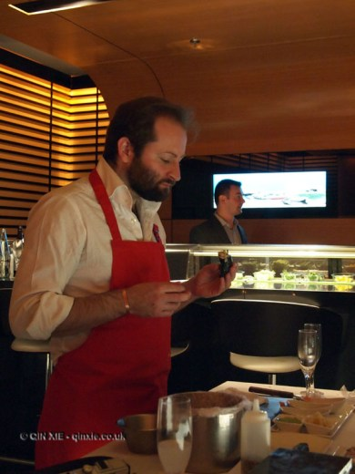 Tom Harrow eating sushi, sushi making at Ichi Sushi and Sashimi Bar