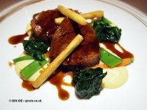 Fillet of beef in red wine jus at Apsley's, The Lanesborough Hotel