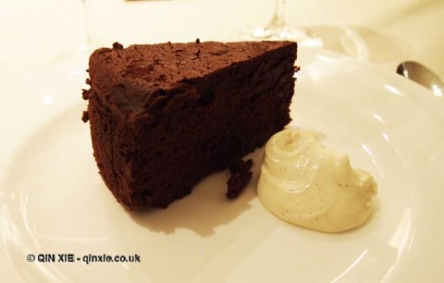 Soft Chocolate cake with crema di mascarpone, Theo Randall at The Intercontinental