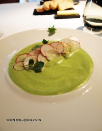 Radish carpaccio with crab, apple sauce, Vrijmoed, Ghent