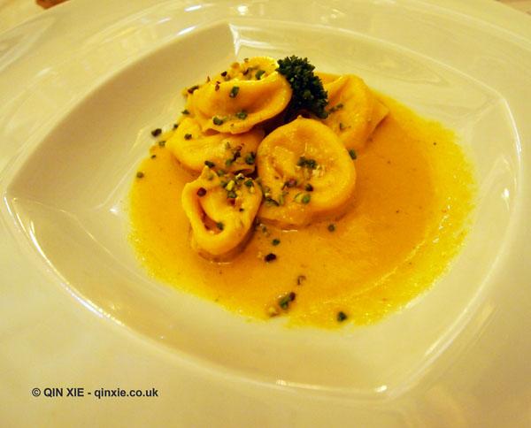 Prato mortadella ravioli, Chianti Classico 2014 dinner