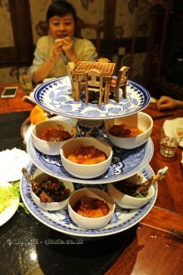 Prosperity with each step - lamb chops and potatoes, Kuan Alley No 3, Chengdu, China