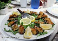Mussels au gratin (with bread and herbs cooked in oven), Portivene, Portovenere