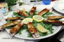 Razer clams au gratin (with bread and herbs cooked in oven), Portivene, Portovenere