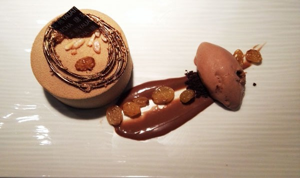 Chocolate luxe gateau at Yauatcha City, London