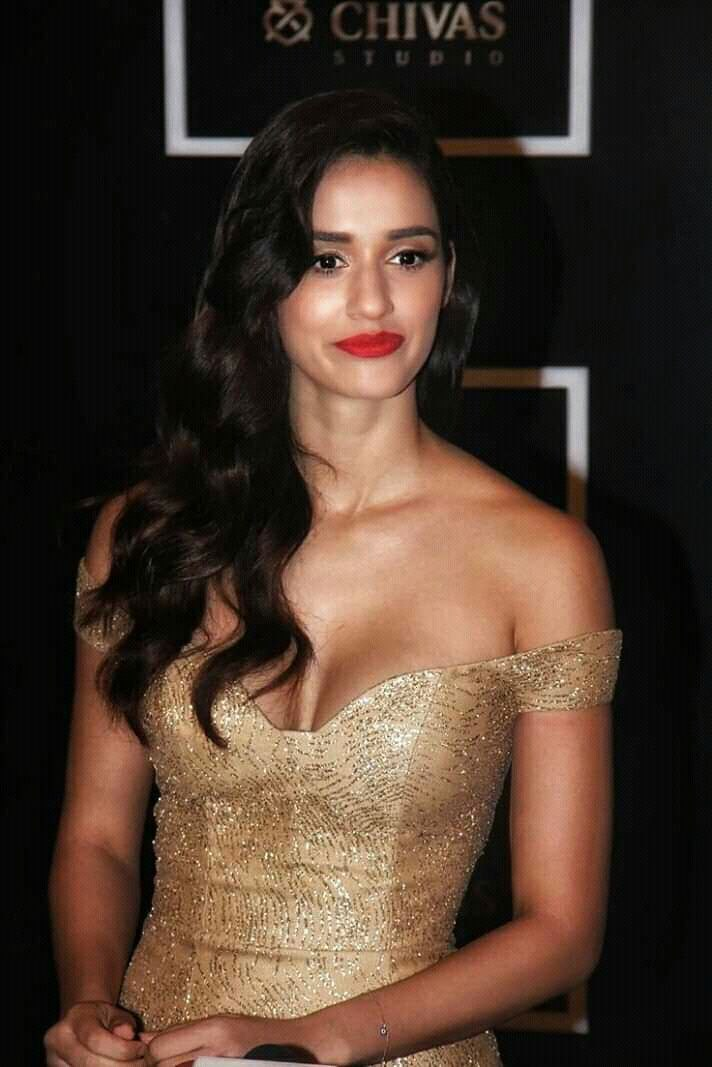 Disha Patani Sizzling Hot