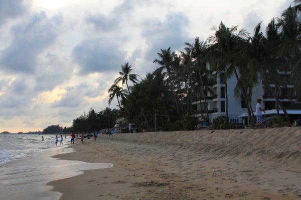 Rayong Beach: Grown-up Spring Break