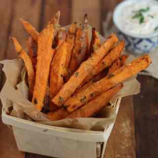 Parmesan-Thyme Baked Sweet Potato Fries