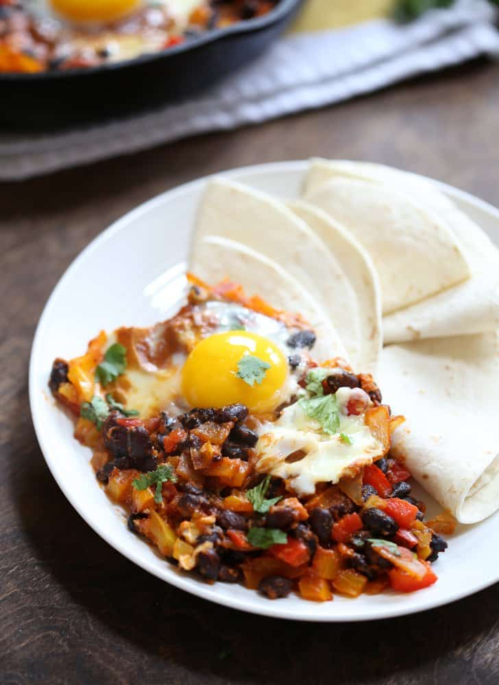 One Pan Huevos Rancheros - Inquiring Chef