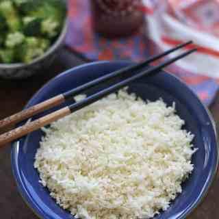 Light and Fluffy Cauliflower Rice