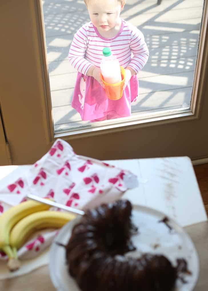Clara and Banana Bread Bundt Cake