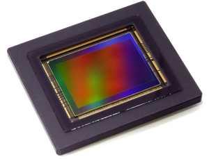 """<img scr=""""image.jpg"""" alt='lets talk cameras 2' />"""