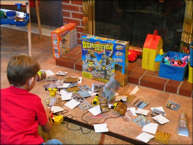 warning demolition!
