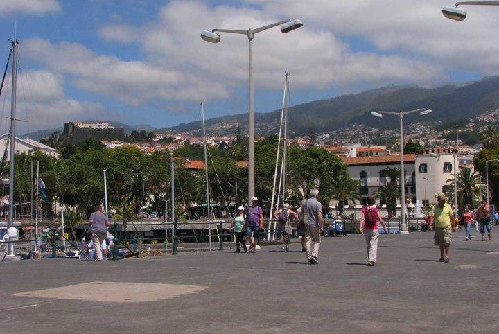 140117_CR7_Funchal_tour_21