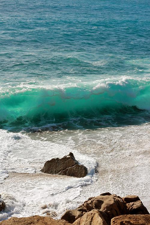 plage du Liamone par tempête