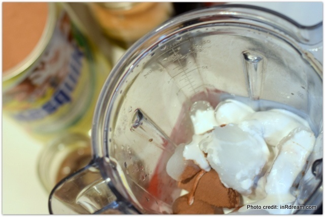 make your own iced mocha coffee drink