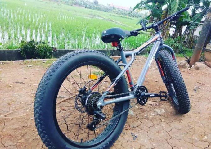 Sepeda lowrider Fat Bike United
