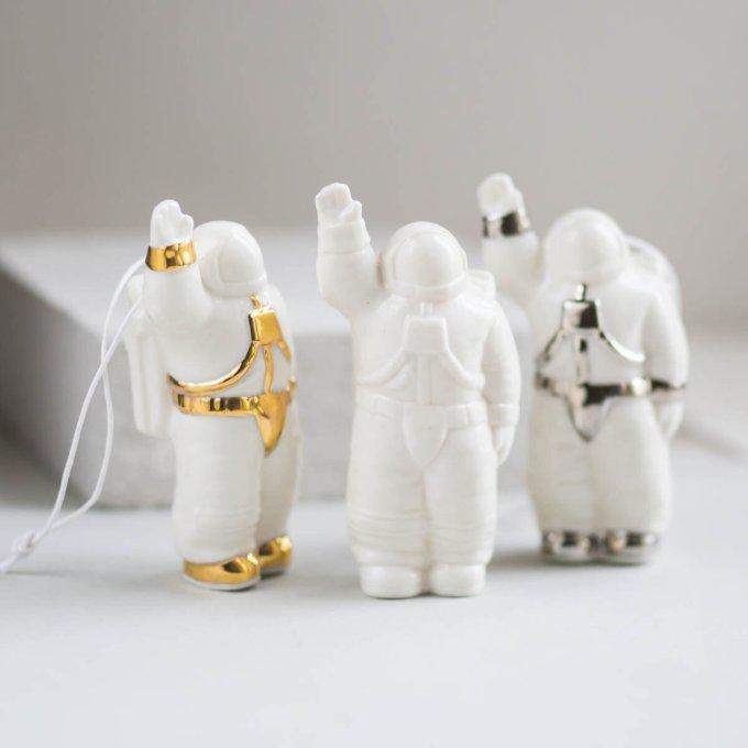 Ornamen Pohon Natal Kosmonaut by Porcelain Room