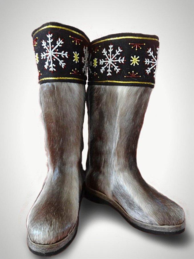 sepatu bulu rubah buah tangan khas rusia
