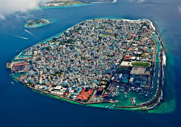 1. Male', the capital of Maldives, inhabited by over one third of the country's total population, is seen as a concrete jungle. The country's GDP increased by 7.3 percent from 1997 to 2012, mainly due to the contributions of the many foreigners visiting and working here.