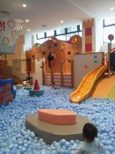 A day out in Tokyo with toddlers: Moomin Cafe and Asobono