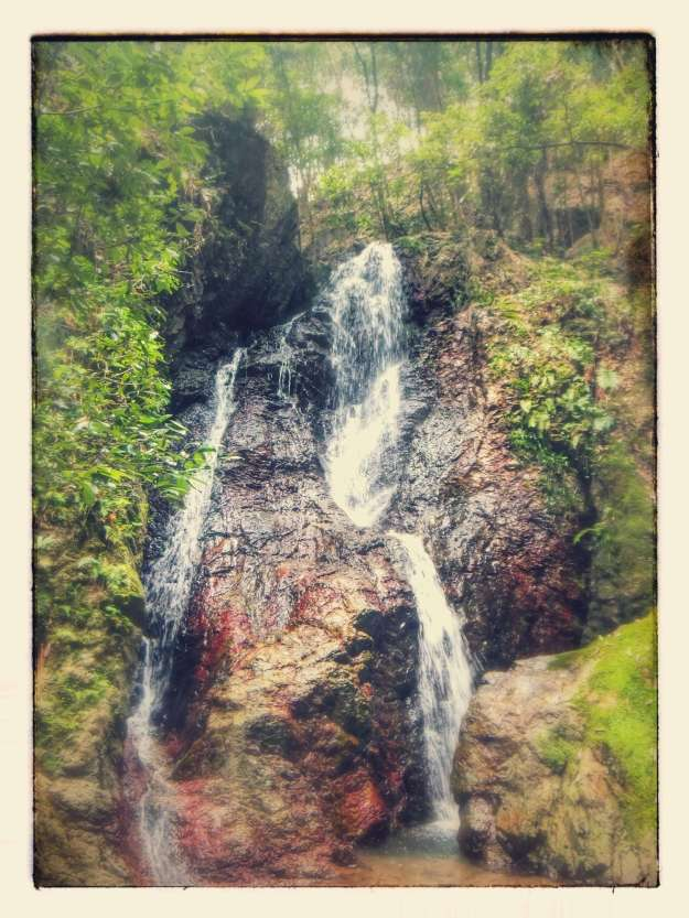 Easy Hike to Gojyou Waterfall | HIDAKA