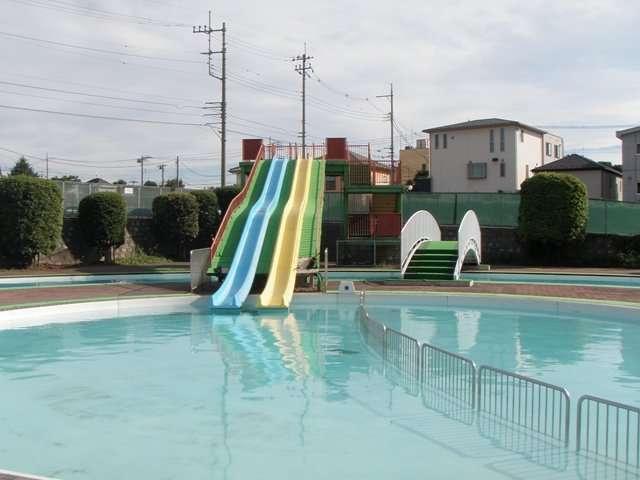 Owada Family Pool Niiza