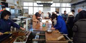 Washi workshop in Tokigawa