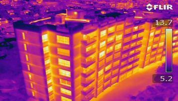 immagine termica efficienza energetica edificio
