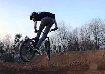 Pump track bici