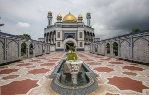 Brunei-Malaisia_CC-BY-SA-4.0_Theo_Hofmann_Wengi_b_Büren_Switzerland_0502